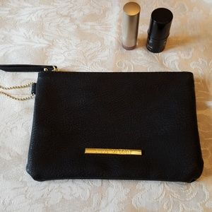 Steve Madden New. Makeup wristlet bag